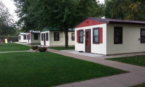 Cozy Corner Cottages' spacious and comfortable cabins on Lake Onalaska