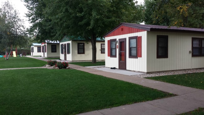 Cozy Corner Cottages' spacious and comfortable cabins on Lake Onalaska